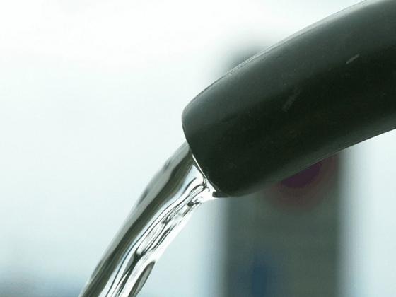 Beim Trinkwasser nicht auf der Leitung stehen - Teil 1